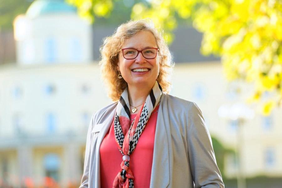 Dr. Heike Schulze, Chefärztin der Abteilung Psychosomatik, Psychiatrie und Psychotherapie in der Park Klinik