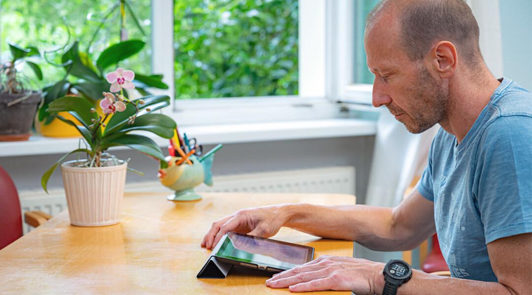 Sprachtherapie Logopädische Methoden Übung über das Ipad