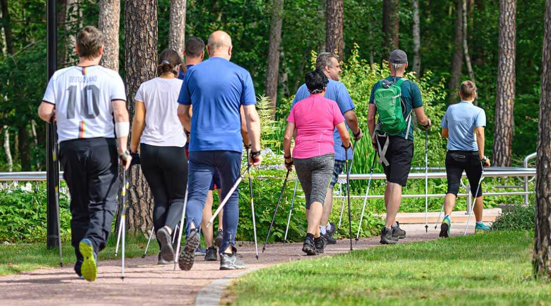 Sporttherapie Nordic Walking Freizeit