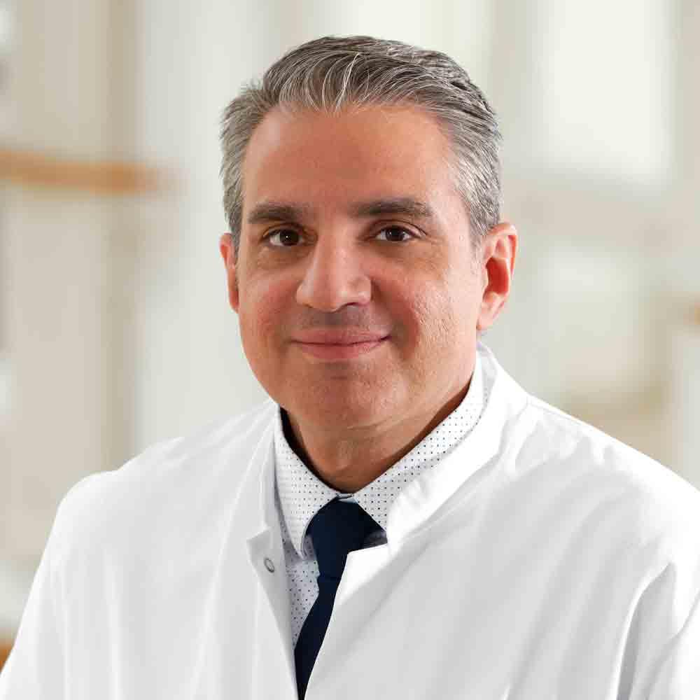 Prof. Dr. med. Farsin Hamze Chefarzt Neurologie