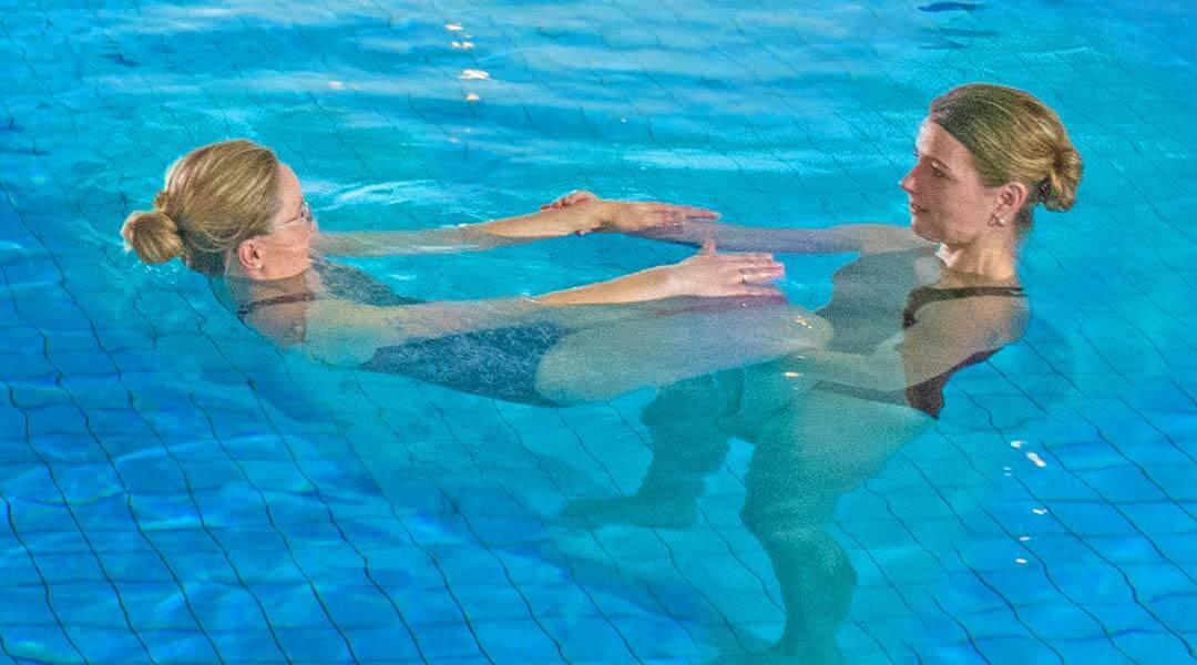 Sporttherapie im Schwimmbad